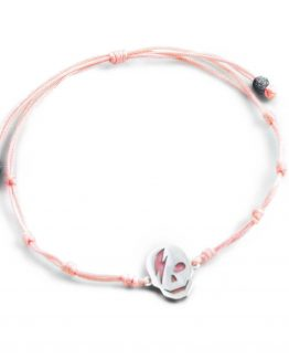 Pulsera de hilo rosa con calavera